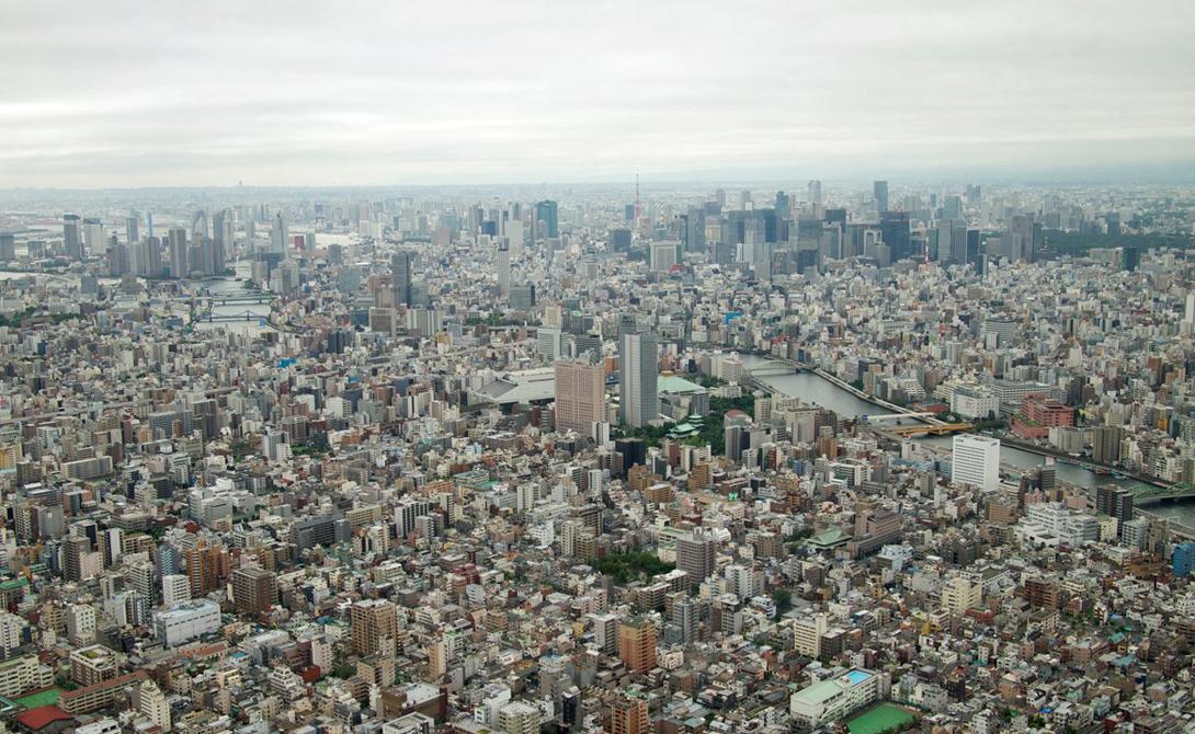 Токио Скайтри Токио, Япония 634 м Дословно название 東京スカイツリ (сукай цури) переводится как Небесное дерево. Такое поэтическое наименования башня получила по итогам конкурса, участие в котором приняли все жители Японии.