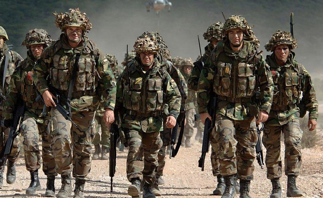 Иностранный легион Основаный в 1831 году французский Иностранный легион представляет собой элитную группу наемников, постоянно участвующую в контртеррористических операциях за пределами страны. Соответственно, бойцы легиона обладают огромным боевым опытом.
