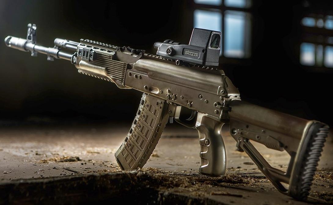 Технические характеристики Калибр: 5,45×39 Длина оружия: 940 мм Масса без патронов: 3,2 кг. Темп стрельбы: 650 выстр./мин Начальная скорость пули: 900 м/с Прицельная дальность: 1000 м Емкость магазина: 30 или 60 патронов (коробчатые магазины) 95 патронов (барабанный магазин)