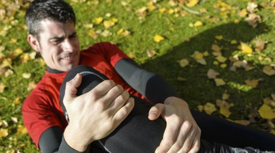Бег Даже хорошие кроссовки с амортизационной подошвой не способны защитить суставы от деформации при беге. Замените пробежки работой на тренажере-эллипсоиде: никакого вреда для суставов и повышение метаболизма вам обеспечено.