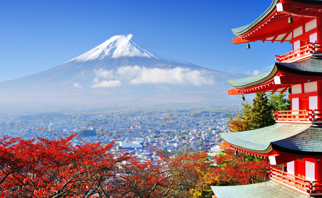 Япония Трудно поверить, но бывший Азиатский Тигр сейчас считается одной из самых спокойных и безопасных стран мира. Низкое число убийств, запрет ношения оружия для граждан и врожденное спокойствие японцев делают государство настоящим подарком экспату.