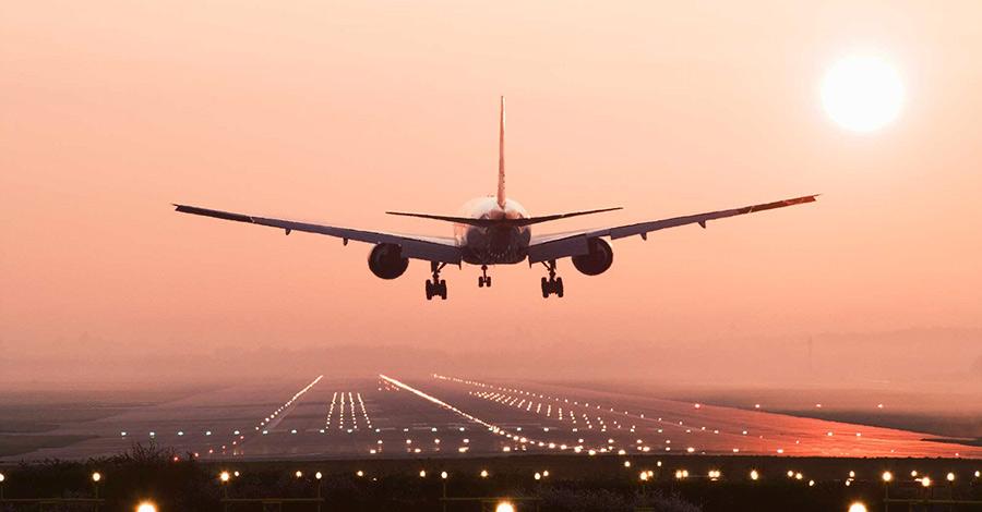 Итог Резюмируя,можно сказать, что далеко не всегда дешевый билет себя оправдывает. Однако, если вы готовы лететь без багажа, точно уверены в дате полета и не принципиальны в выборе места, то можете таким образом немало сэкономить на авиаперелетах.