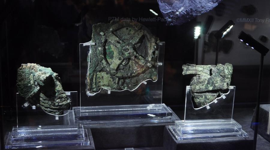 Антикитерский артефакт: самый загадочный механизм древности