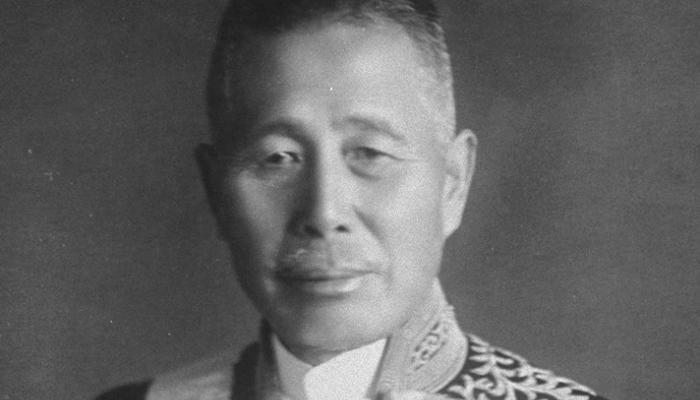 Меморандум Танаки Поддельный документ, написаный якобы премьер-министром Японии Танака Гиити. Здесь подробно описаны планы мирового господства Японии. Меморандум использовался для полного вовлечения США в военные действия на европейских фронтах — в Америке его рассматривали как своего рода японский эквивалент Mein Kamph.