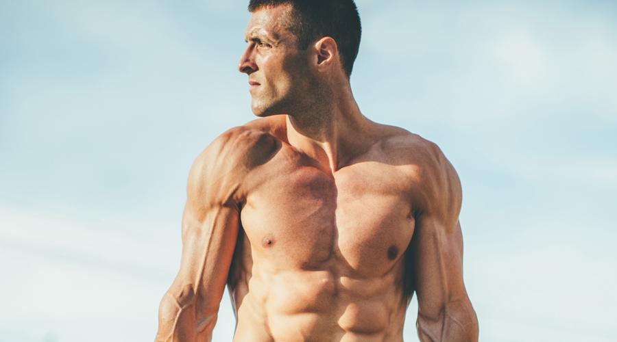 И спим тоже Трудно построить мышцы без адекватного отдыха. Семь часов сна, а лучше восемь. Именно ночью большинство нужных гормонов высвобождается (в том числе и тестостерон), что помогает организму восстанавливаться и расти.