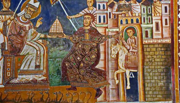 Указ императора Согласно летописи, император Константин передал власть над Западной Римской империи Папе Римскому. Фальшивые документы стали очень эффективным орудием укрепления авторитета Папы на протяжении всей истории. К тому же, современные историки полагают, что именно эти документы оказали существенное влияние на откол Православной церкви.