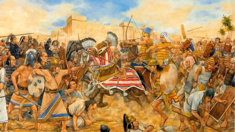 Древний Египет Ко времени правления Рамзеса II (1250 год до нашей эры) Египет обладал самой большой в мире армией. Империя могла выставить на поле боя около ста тысяч солдат. Легкие боевые колесницы дополняли пехоту, превращая египетскую армию в настоящую машину смерти. Жернова этой молотилки без труда перемололи орды хеттов, рискнувших посягнуть на власть великого фараона.