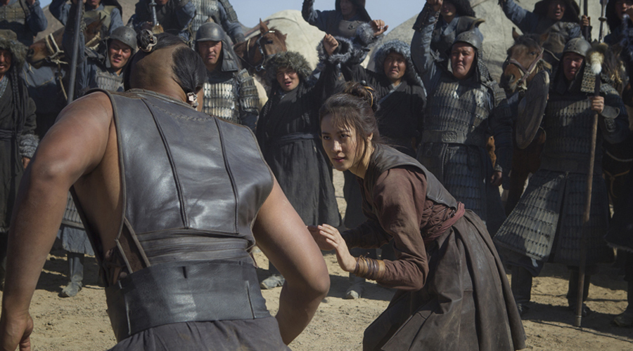 Принцесса Хутулун Монгольская принцесса Хутулун отбивалась от женихов в буквальном смысле: с мечом в руке она выходила против каждого претендента на ее руку. По сохранившимся до наших пор свидетельствам, принцесса уложила в землю около сорока воинов, прежде чем все-таки согласилась на брак.
