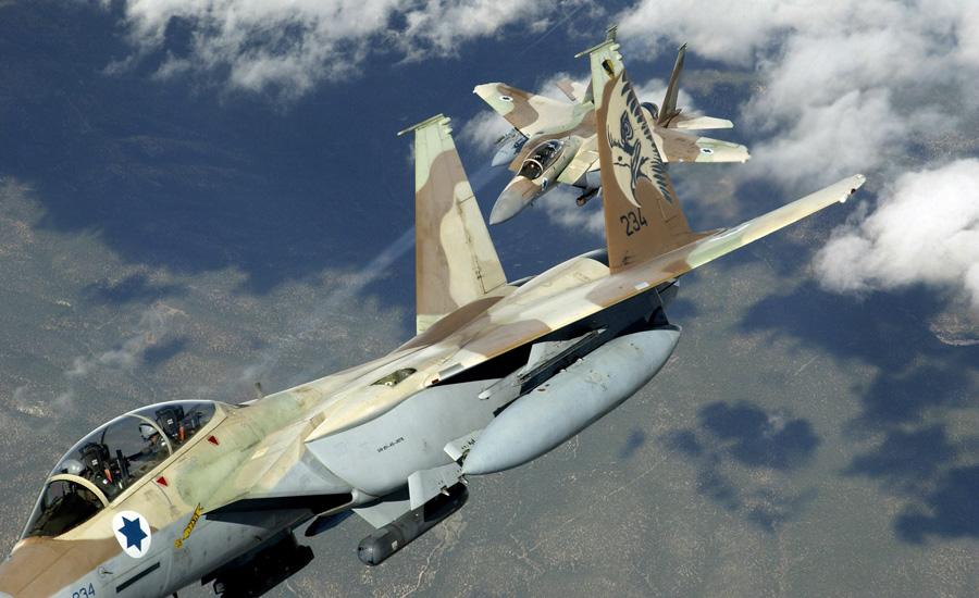 Хель Хаавир Израильские ВВС (подразделение Хель Хаавир) — сильнейшие на всем Ближнем Востоке. 97 истребителей F-15, 238 истребителей F-16 и свыше 150 транспортных, учебных и разведывательных самолетов. Кроме того, не стоит забывать и о вертолетах: в парке Хель Хаавир насчитывается 42 боевых H-64A Apache, 64 боевых вертолета AH-1 Cobra модификаций G и S, 30 легких боевых вертолетов 500MD Defender, 160 транспортных и связных вертолетов.