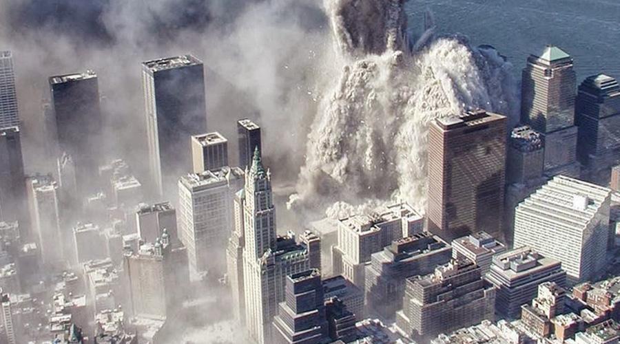 9/11 Небо будет гореть на45-ти градусах,Огонь достигнет великий новый город.Онуничтожит город спомощью огня,Холодное ижестокое сердце, кровь прольётся, иникому пощады! Ужасная трагедия 11 сентября 2001 года разделила существование Америки на два периода. Самолеты обрушили здания Всемирного торгового центра в Нью-Йорке (а город находится близко к 45-ой широте).