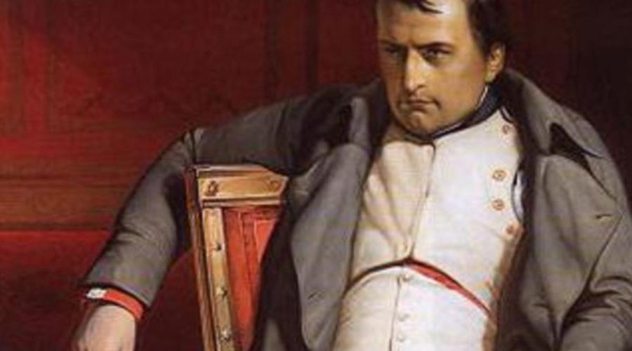 Восхождение Наполеона Бонапарта По, Не, Лорон, больше огня, чем крови,Купаясь вславе, великий человек бежит ктолпе.Оноткажется войти кболтунам,Пампон иДюрансе заточат его Именно так назывались города под Парижем, а зная склонность Нострадамуса к анаграммам, можно переставить буквы и получить Napaulon Roy — почти Король Наполеон. Власть же великий император захватил силой, отсюда «Больше огня, чем крови» — крови благородной у Наполеона не было вовсе. «Болтуны» — папы Пий VI и Пий VII, заключенные при Наполеоне в тюрьму.