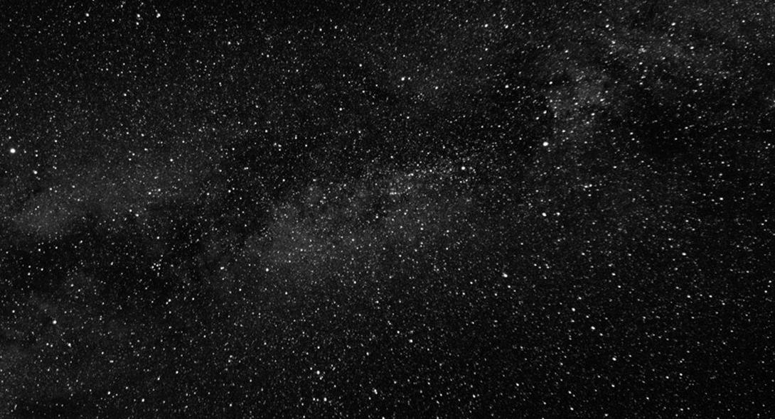 Облако Оорта Столкновения как такового боятся не нужно. Ученых больше волнует не эта проблема. Дело в том, что звезда пройдет сквозь так называемое облако Оорта (область вокруг нашей системы, полностью состоящую из ядер комет). Исследователи предполагают, будто гравитационное поле странствующей звезды вызовет колебания во всем облаке. Кометы из облака Оорта окажутся в самой Солнечной системе и, скорее всего, врежутся в Землю.