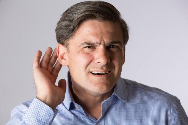Осязание ухом Достижения в области секвенирования ДНК открывают перед современной наукой настоящие чудеса. К примеру, исследовательской группой Берлинского университета была найдена генетическая связь между слухом и осязанием. В конце концов, они работают аналогичным образом — единственные чувства, которые используют преобразование механической силы в электрические сигналы.