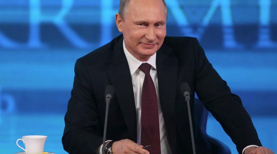 Русские хакеры Президент России, Владимир Путин, на одной из последних пресс-конференций опроверг информацию о централизованной хакерской атаке на США. Однако, ЦРУ и ФБР заявляют о существовании целого ряда доказательств подобной угрозы. Более того, сведения спецслужб подтвердили и пять главных на Западе фирм кибербезопасности: CrowdStrike, Fidelis Cybersecurity, Mandiant, ThreatConnect, и SecureWorks.