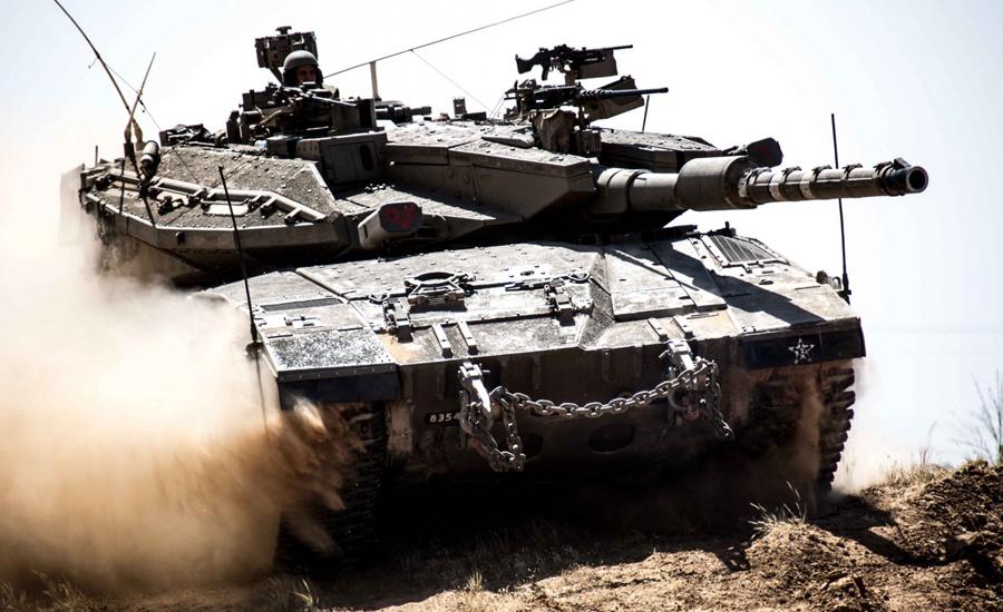 Меркава Меркава стал первым и единственным израильским боевым танком. Низкая посадка, мощная пушка, двигатель в передней части и скошенная композитная броня делает этот танк прекрасной оборонительной машиной. Свой норов Меркава показал и египетским бронетанковым формированиям на Синае и сирийским войскам на Голанских высотах. Уже сегодня Израиль располагает двумя тысячами танков.
