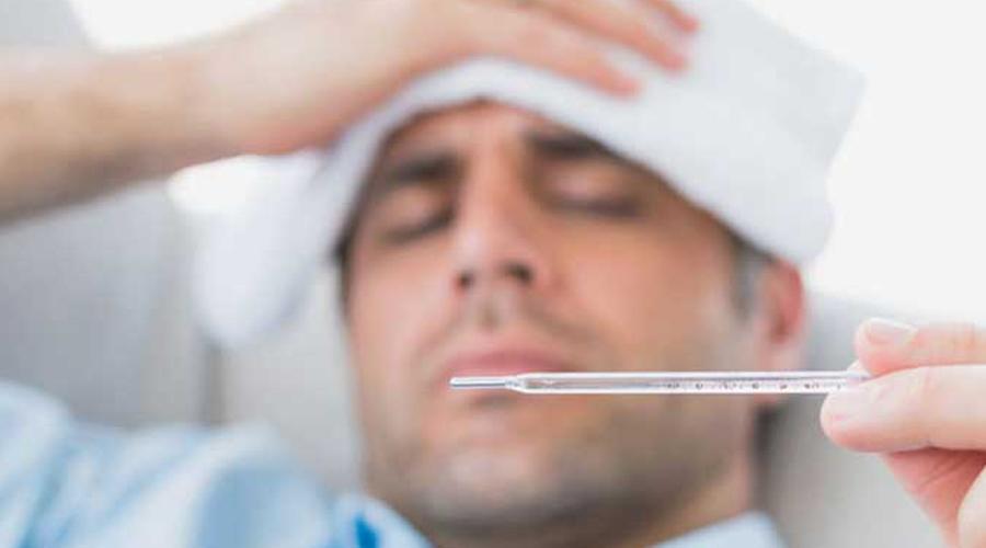 Прививки от гриппа Практически ежегодно поликлиники приглашают людей на вакцинацию от гриппа. Но штамм этого вируса меняется постоянно и рассчитывать, что прививка станет надежной защитой от болезни, не стоит. А вот детей нужно вакцинировать в обязательном порядке, поскольку они являются основными распространителями вируса. Можно сказать, что вакцинируя детей, мы спасаем от болезни все общество.