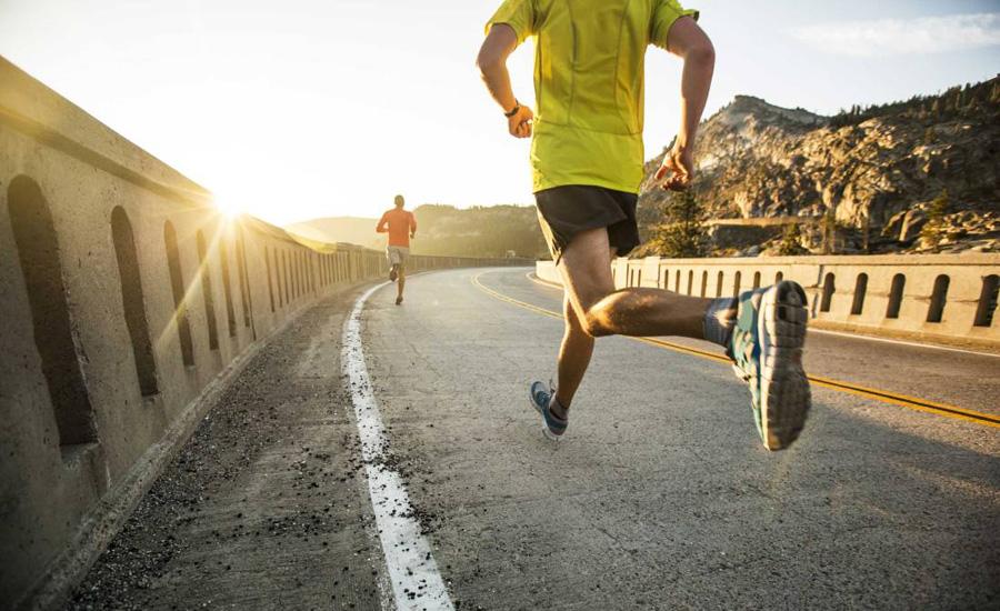 Подъем энергии Боитесь устать после утренних нагрузок? Зря. Тренировка может стать огромным источником энергии, так необходимой нам всем в начале дня. Считайте это некой чашкой кофе от природы. Помимо этого, ранний фитнес улучшает концентрацию, а следовательно и помогает быть более продуктивным.
