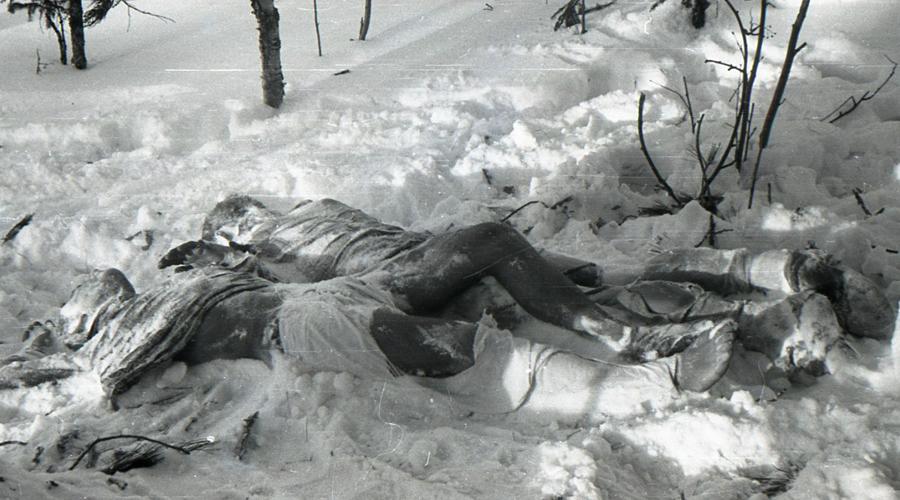 Доказательства смерти Версия Степочкина выглядит странной. Однако, в деле Дятлова и в самом деле упоминаются представители одного из мелких племен, отказавшихся помогать в поисках группы. Более того, при допросе шаманы племени не могли рассказать, где они были в ночь трагедии.