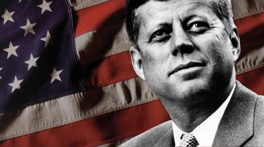 Джон Кеннеди Убийство Джона Кеннеди (американцы до сих пор зовут его последним настоящим стрелком) стало для страны ужасным шоком. Это убийство все еще остается первым в ряду самых загадочных происшествий за всю американскую историю. Джон Кеннеди был избран в 1960 году — он стал седьмой жертвой проклятия Текумсе.