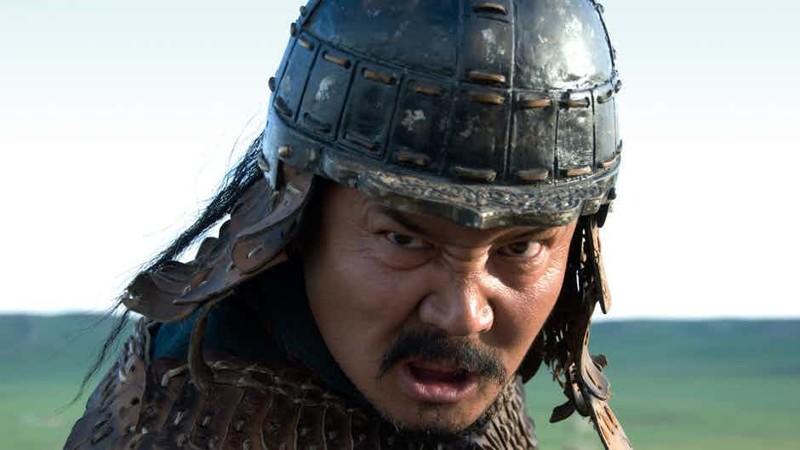Безликий воин Вы наверняка видели изображения Чингисхана хотя бы в школьном учебнике, не говоря уж о том, что образ хана показан в десятках фильмов. Однако на самом деле никто даже не знает, как выглядел монгольский завоеватель. Историки достоверно могут сказать только одно: у хана были рыжие волосы.
