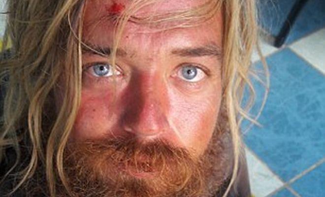 Парень сбежал из дома и дошел до Амазонки босиком. Вот это достали! (5 фото)