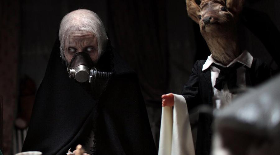 Единственное доказательство Бубонная чума и в самом деле закончилась необъяснимо быстро — за три месяца смертельная эпидемия просто прекратилась и объяснения этому современные ученые не видят. Первые письменные свидетельства о появлении кровопийц появились примерно в это же время, но больше в подтверждение немного сумасшедшей теории уфологов нет ни одного факта.