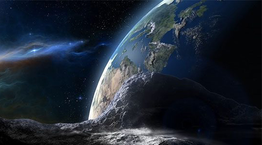 Вторая луна Объект под названием 2016 HO3 — ни что иное, как второй постоянный спутник Земли, обнаруженный совсем недавно. Астрономы выяснили, что он каждые пять-шесть сотен лет покидает земную орбиту, а затем возвращается вновь — вот, почему его смогли распознать только сейчас.