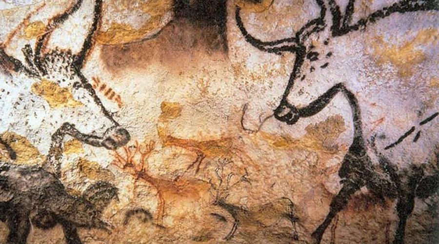 Пещера Ласко Еще в середине прошлого века полюбоваться наскальными изображениями в этой пещере мог любой. Однако в 1963 году Ласко закрыли и теперь туристов заворачивают на пороге. Особо наглых — сажают на пару суток.