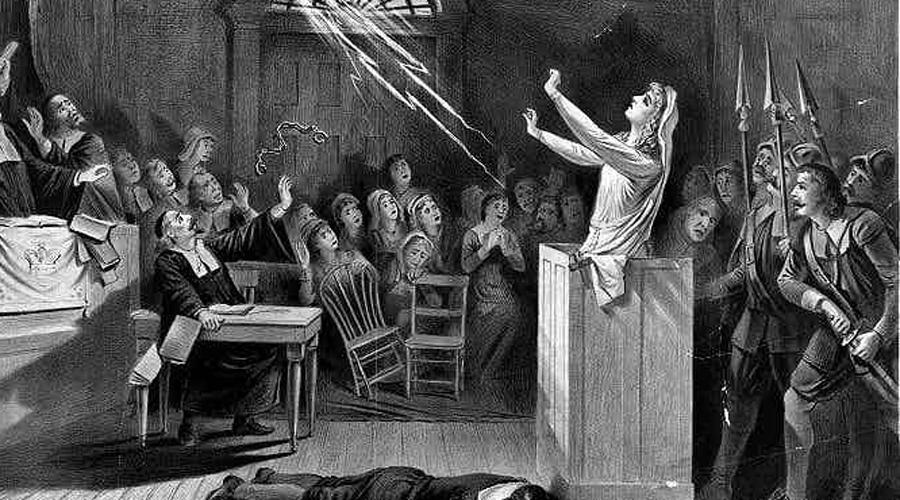 Энтьен Джиллис В 1613 году ведьм в Нидерландах сожгли больше, чем в большей части Европы. Первой на костер пошла Энтьен Джиллис, повивальная бабка, обвиненная в проклятии новорожденных детей. Энтьен уже была за решеткой, когда в городке Страелен начался настоящий мор, унесший жизни сотен младенцев. После очередных пыток девушка указала «помощниц», состоялся знаменитый Рурмондский суд, на котором сожгли 63 «ведьмы».