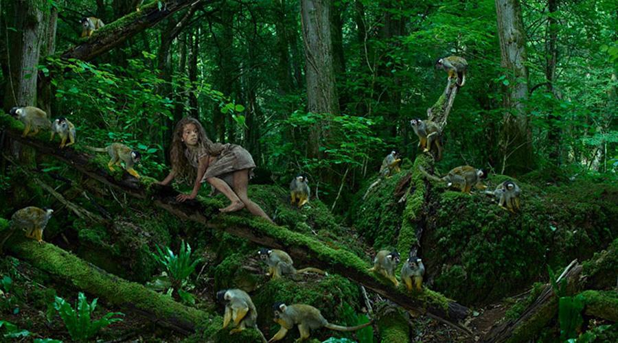 Лори Мтхиян Африка Мать бросила Мтхияна в джунглях и девочка выросла под опекой обезьяньей стаи. Нашли ее только спустя семь лет. В приюте Лори научилась ходить прямо, говорить и есть человеческую пищу — это чуть ли не единственный случай успешной адаптации «ребенка-маугли» в естественную среду обитания.