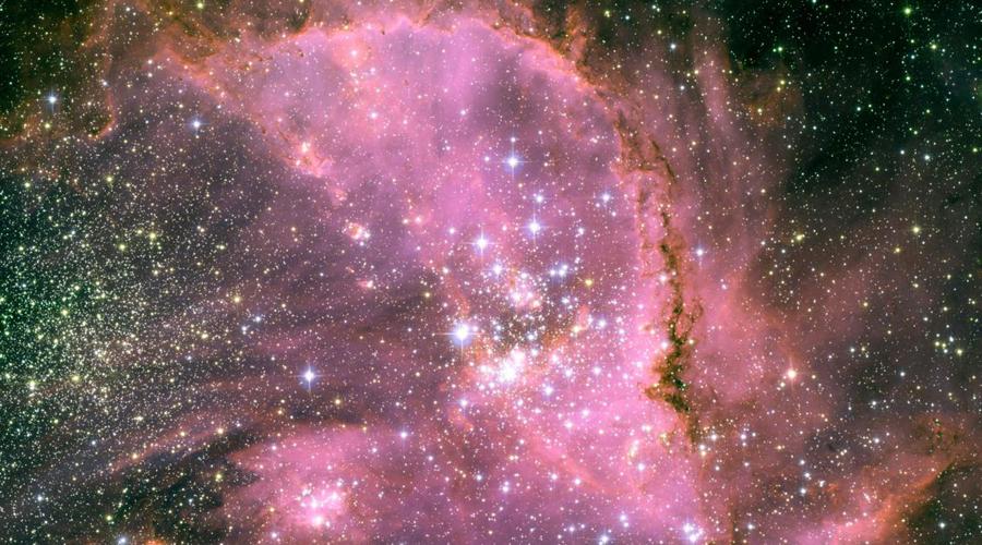 Необъяснимая пульсация Первые данные заставили астрономов проверить телескоп на предмет поломок. Но информация с «Кеплера» оказалась верна, никакими искажениями объяснить поведение звезды нельзя. Постепенно исследователи отвергли все реальные причины. Спектральный анализ исключил изменения светимости из-за внутренних процессов, облака пыли не скрывают звезду, кометы и астероиды также не влияют на паттерны спадов яркости.