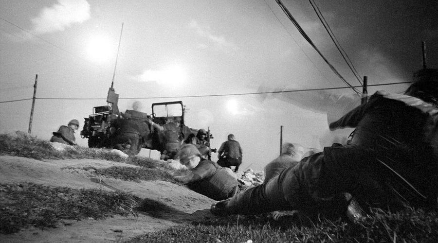Потери За весь период войны наших солдат погибло совсем немного. Если, конечно, верить официальным источникам. Согласно документам, всего СССР потеряло 16 человек, несколько десятков были ранены и контужены.