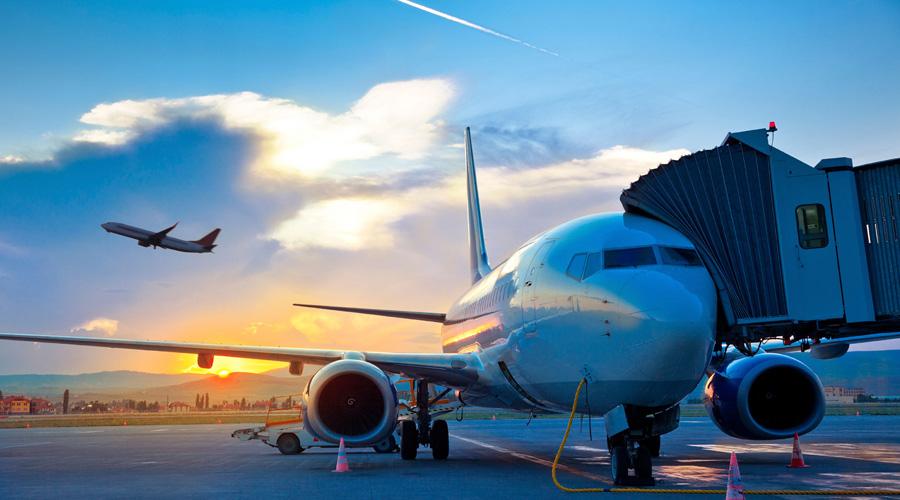 Предательский автопилот Автопилот вовсе не панацея от возможных катастроф, как полагают многие. Пилоты может и выглядят скучающими бездельниками во время полета, но без них самолет будет лететь только в одном направлении — вниз.