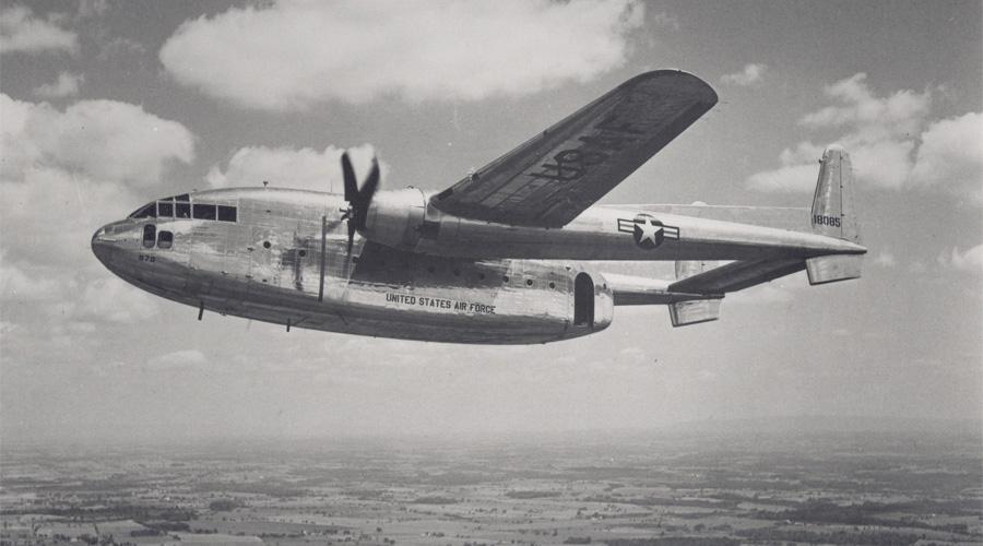 B.S.A.A Star Tiger Британский самолет компании South American Airways направлялся на Бермудские острова из Санта-Марии, но исчез где-то в Атлантике. Пилот совершенно спокойно запросил Бермудские острова, получил ответ — и на этом все. Спустя полчаса связи уже не было никакой. За тридцать минут исчезло 25 пассажиров и 6 членов экипажа.