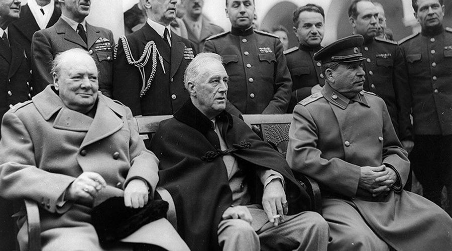 Раздел флота Уже после войны встал серьезный вопрос: как поступить с трофейным военным флотом. Сталин голосовал за раздел, Черчилль же выдвинул встречное предложение — затопить. «Вот вы свою половину и топите», — сказал Сталин.