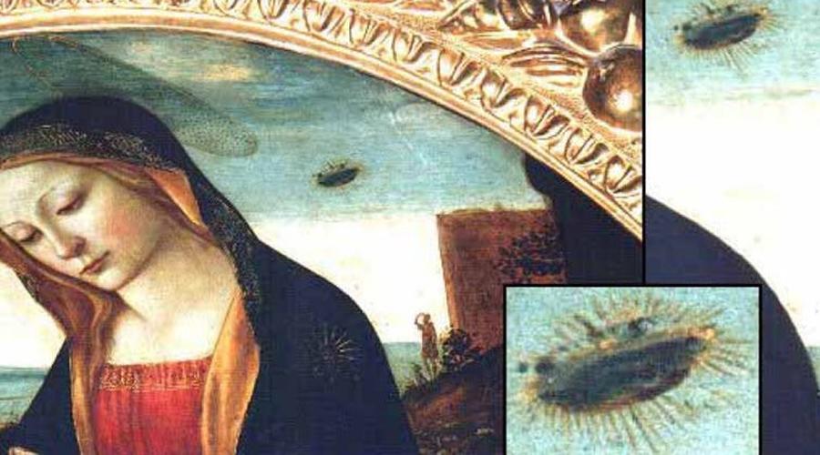 Мадонна со святым Джованнино Еще одно известное произведение, «Мадонна с святым Джованнино», было написано в XV веке Доменико Гирландайо и висит теперь в Палаццо Веккьо, Венеция. Если вы внимательно присмотритесь, то увидите: прямо над правым плечом Мадонны в небе изображен странный дискообразный объект. Более того, фигуры мужчины и пса повернуты к этому объекту. Специалисты вот уже целый век пытаются понять, что же пытался показать художник на самом деле.