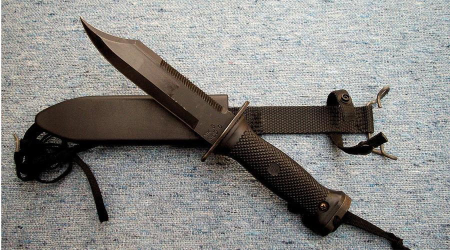 Ontario Mk.3 Mod.0 Navy Seal Knife Этот нож, как видно из обозначения, создан специально для Корпуса морской пехоты США. На обухе расположена пила, помогающая эффективно справляться с внештатными ситуациями.
