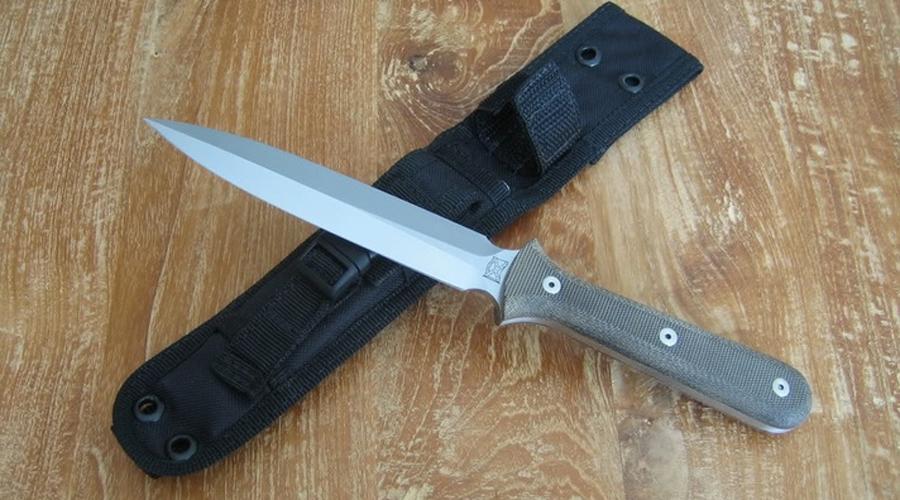 Pro Tech Elite Combat Dagger Вообще-то, официально этот нож на вооружении американской армии не состоит. Однако, именно его предпочитают покупать бойцы спецподразделений на собственные деньги — разрабатывал его сам Уолтер Бренд, один из лучших оружейников мира.