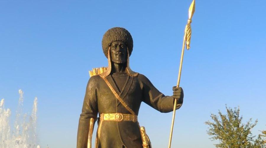 Развитие империи Со временем туркмены, крынки, авары, кайы, карманы и прочие слились в один народ. Сельджуки значительно укрепились в Средней Азии, завоевали Хорезм, а затем и Иран. Захват Багдада в 1055 году превратил сельджуков в грозную силу.