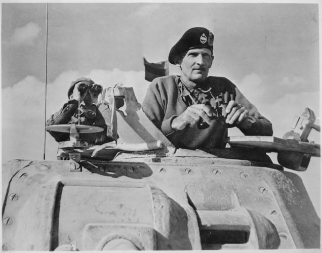 Обречены на провал Честно говоря, план был самоубийственным. В наступательной операции могли быть задействованы только 47 англо-американских дивизий, из них лишь 14 бронетанковых. Советский Союз же располагал на том же участке 170 дивизий, включая 30 бронетанковых. Да и русские солдаты, ожесточенные потерями и воодушевленные победами наверняка не стали бы отступать.