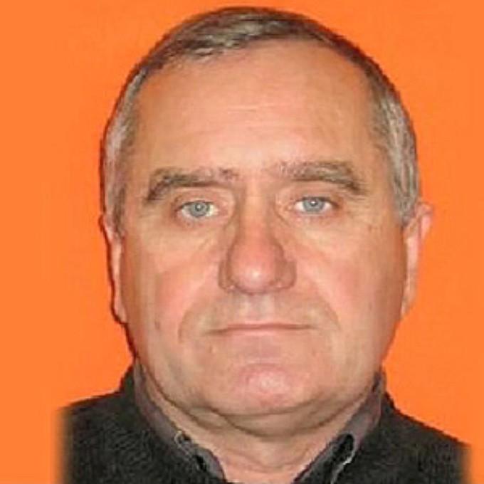 Андреев Виктор Николаевич Кровавый насильник, известный в ориентировках как «Орский маньяк». Андреев специально устроился на работу дальнобойщиком, чтобы похищать женщин с трассы. На счету этого безумца не меньше тридцати жизней.