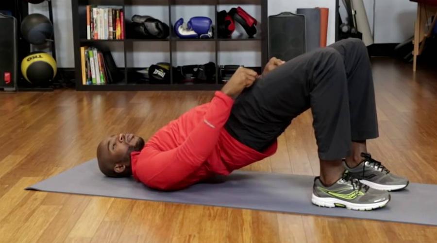 Упражнения Кегеля Не нужно смеяться. Упражнения Кегеля важны как для мужчин, так и для женщин, потому что они помогают укрепить группу мышц, обычно называемых «тазовым полом». С возрастом эти мышцы начинают слабеть, что ведет к целому перечню неприятных последствий. Врачи Гарварда уверяют: регулярное повторение упражнений Кегеля будет поддерживать вас в тонусе очень долго.