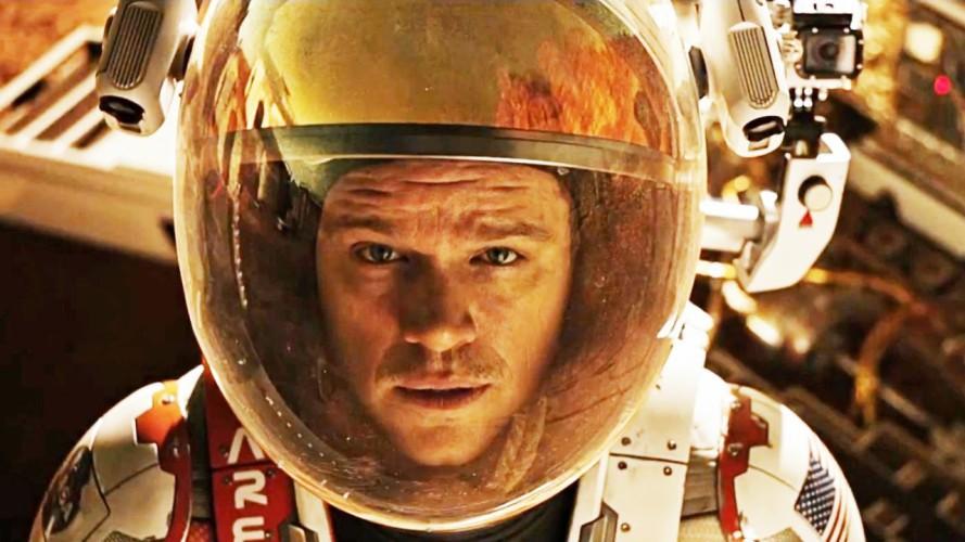 Марсианин Пожалуй, один из лучших фантастических фильмов последнего времени. Биолог Марк Уотни (Мэтт Дэймон) вынужден в одиночку выживать на Марсе. Очень красивая картина о человеке, отказывающемся сдаваться даже в самых тяжелых обстоятельствах.