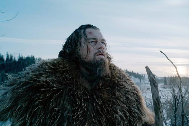 Выживший Великолепный фильм, который принес Леонардо Ди Каприо долгожданный «Оскар». Тут есть все, чего ждет искушенный зритель: битва с индейцами, сражение один на один с медведем, подлое предательство и, как ни странно, хэппи энд.