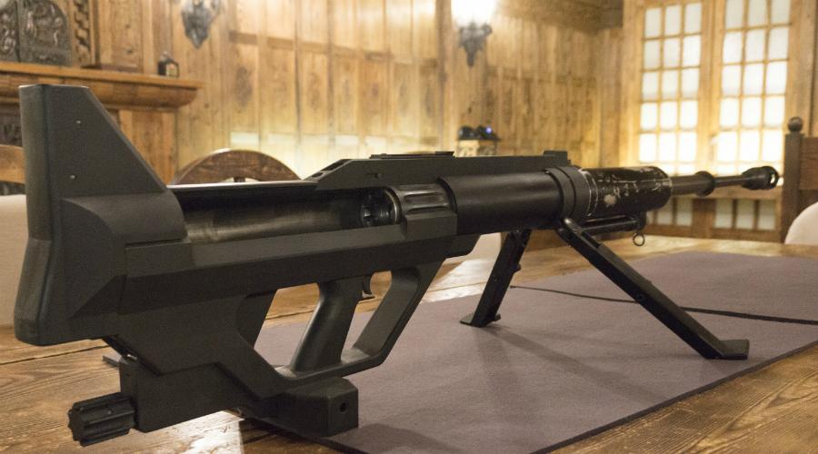 Steyr IWS 2000 Калибр: 15,2 мм Высокоточное снайперское оружие, разработанное для уничтожения бронированной техники на расстоянии до двух с половиной километров. Steyr IWS 2000 использует специальный патрон Steyr APFSDS, длиной в 207 миллиметров. Боевая часть снаряда — оперенная игла из обедненного урана.