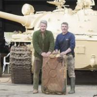 Он купил старый советский танк, но даже не ожидал, что обнаружит внутри. Вот это находка!