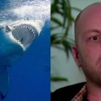 Акула кинулась на человека, но в результате спасла ему жизнь. Все дело в том, что у него оказалось это!