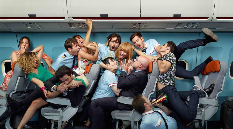 Паникер Фобия полета у некоторых людей просто требует выхода. Доверительные рассказы о недавних падениях авиалайнеров, об ошибках пилотов и прочих ужасах авиации такие персонажи рассказывают всем своим попутчикам.