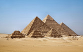 1280px-All_Gizah_Pyramids-3