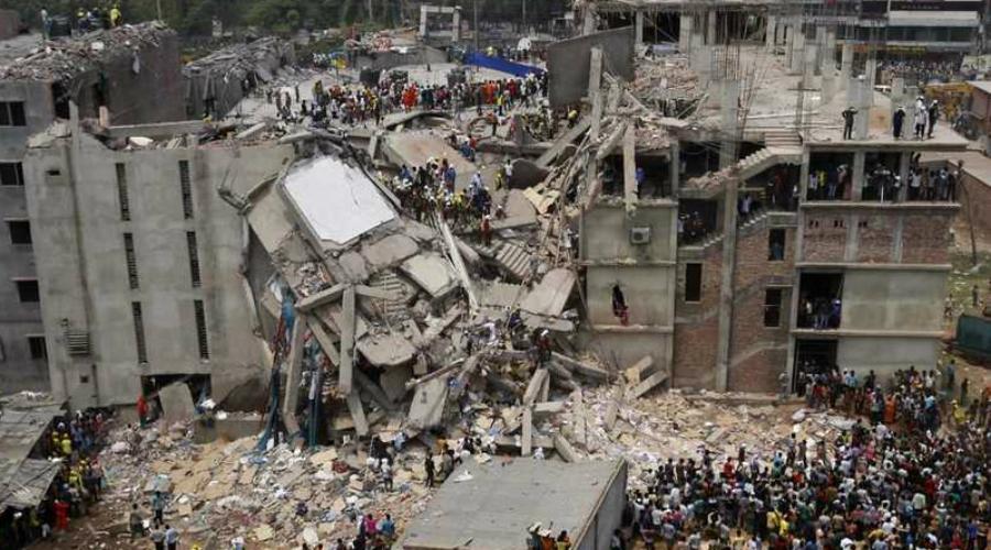 Rana Plaza Бангладеш, 24 апреля 2013 года Это чуть ли не самая крупная катастрофа такого рода. Несчастные люди на верхних этажах своими глазами видели, как от крыши вниз расползаются трещины. Началась стихийная эвакуация, но спастись удалось немногим. В тот день под завалами навсегда остались 1127 человек.